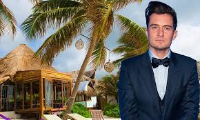 orlando bloom seen with blood on forehead after getting
