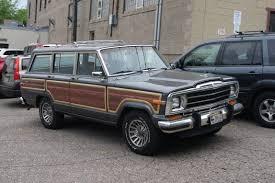 jeep grand wagoneer custom file 88 jeep grand wagoneer 14176772990 jpg wikimedia commons