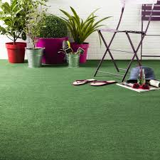 jardin gazon synthetique moquette imitation gazon faux gazon leroy merlin