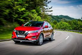 nissan qashqai models 2017 read before leasing a new nissan qashqai uk car lease pcp u0026 pch
