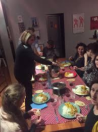 cuisine a domicile reglementation bollyfood le chef à domicile s invite à votre table breizhfunding