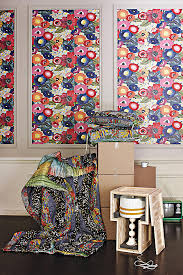Blazing Poppies Wallpaper Anthropologie - Poppy wallpaper home interior