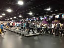 is planet fitness open on thanksgiving stop being the gym snob who complains about new people at the gym