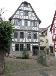 Haus Kaufen Wie Haus Monreal Ferienwohnungen In Diez Herzlich Willkommen
