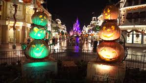 2016 decorations walt disney world magic kingdom sept