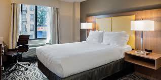 Express Furniture Warehouse Bronx Ny by Holiday Inn Express New York Brooklyn Hotel By Ihg