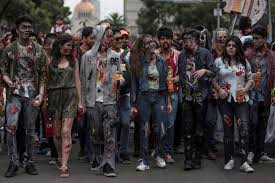 mexico city halloween zombies march on mexico city streets gulfnews com