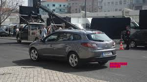 renault megane 2009 renault megane grandtour spied on film set prior to geneva debut