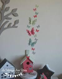 chambre bébé papillon stickers papillon vert d eau corail gris décoration chambre bébé