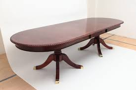 mahogany dining tables laurel crown