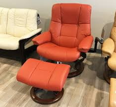 leather recliner chairs stressless mayfair paloma henna leather recliner chair and ottoman