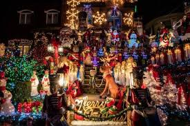 dyker heights holiday lights the totally insane dyker heights christmas decorations neatorama