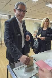 le bureau de victor election présidentielle max eric pensalfini au bureau de