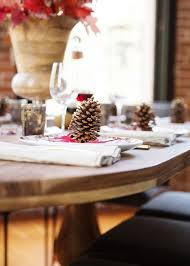 setting table for thanksgiving three tricks to setting a cozy thanksgiving table coco kelley