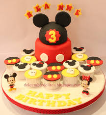 mickey mouse cupcakes delectable delites mickey mouse cupcakes set for reanne s 3rd