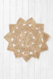 doily rug on the hunt