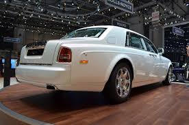 future rolls royce phantom rolls royce phantom has serenity now autoguide com news