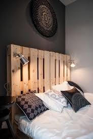 chambre noir et blanc design déco noir et blanc dans un petit appartement chic et raffiné