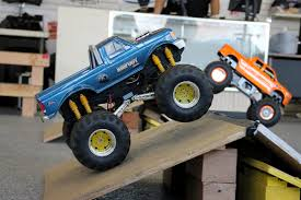 bigfoot 4 monster truck winter showroom showdown finals u2013 mar 8 2015 trigger king rc