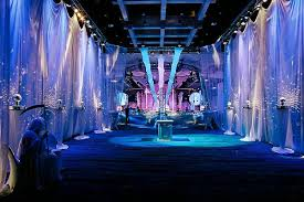 New Year Party Decorations by New Years Eve Party Themes Wishespoint