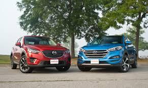 hyundai crossover 2016 2016 mazda cx 5 vs 2016 hyundai tucson autoguide com news