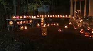 22 local halloween displays to see this october wpri 12