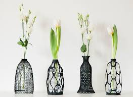 Beautiful Vases 3d Printer Turns Used Plastic Bottles Into Beautiful Vases