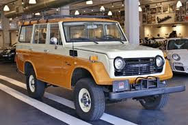 1975 land rover land cruiser or land rover which would you buy