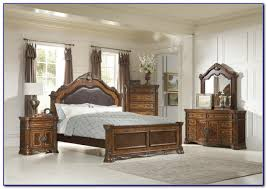 Bedroom Set With Leather Headboard Broyhill Perspectives Leather Headboard Bedroom Set Bedroom