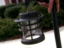 Solar Powered Landscaping Lights How To Install Landscaping Lights How Tos Diy