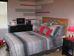 bachelor bedroom ideas on a budget green painted wooden wall