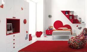 grand tapis chambre enfant couleur décoration chambre enfant déco coeur