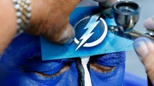 lexus lounge tampa lightning putting the squeeze on blackhawks fans nhl sporting news
