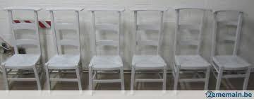 chaise d église chaises d église complètement repeinte en gris clair a vendre