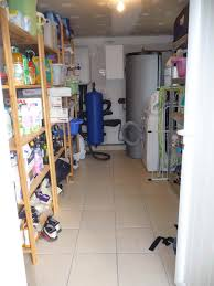 cellier cuisine cuisine avec cellier cuisine salle manger 2 de m sol en grs avec