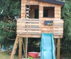 Playhouses For Backyard by 15 Modern Playhouses For Cheerful Backyards