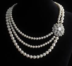 elegant white pearl necklace images 14 most elegant pearl necklace designs really mostbeautifulthings jpg