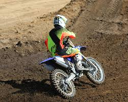 motocross bikes 2015 2015 yamaha yz250 dirt bike test