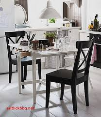 petites tables de cuisine petites tables de cuisine pour idees de deco de cuisine