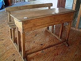 bureaux anciens brocante bureau d écolier en chêne et hêtre ancien de couleur clair