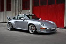 porsche 911 gt2 993 a brief history of porsche 911 gt2 drivetribe