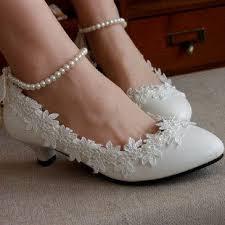 wedding shoes jogja bukan high heels sepatu pengantin berdesain minimalis ini manis