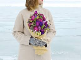 flower delivery chicago 9 best options for flower delivery in chicago