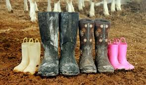 buy muck boots near me 5 reasons we muck boots hobby farms