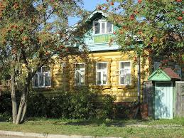pictures of russia rowen near old russian house