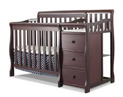 Crib That Converts To Twin Size Bed by Sorelle Newport 2 In 1 Convertible Mini Crib U0026 Changer U0026 Reviews