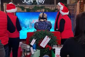 jc penney shoppers visit north pole in new vr initiative cmo
