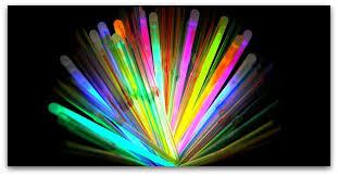 light sticks how do those glow in the light sticks work