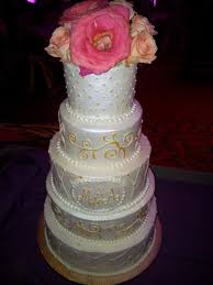 pearl dots and swirls wedding cake that u0027s the cake bakery