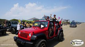 beach jeep wrangler video off road camping on the beach tricked out jeeps at